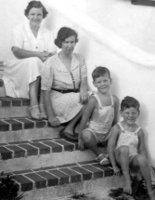 Mary MacLean Macky, Marjorie Ethel Macky, David Wallace Macky, Peter Wallace Macky, Merry Hill, St Georges, Bermuda, 1941